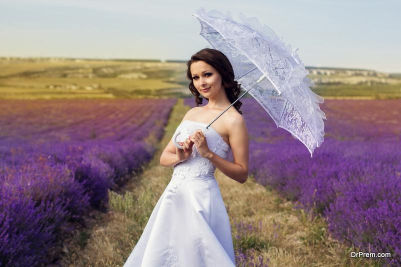 Photo of When Should I Take My Bridal Portraits?