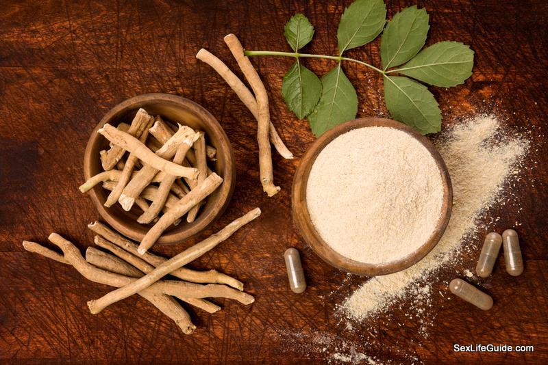 Ashwagandha superfood powder and root.