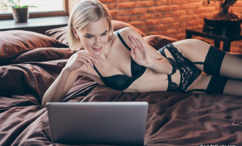 Free Live Sex Cams to Enjoy
